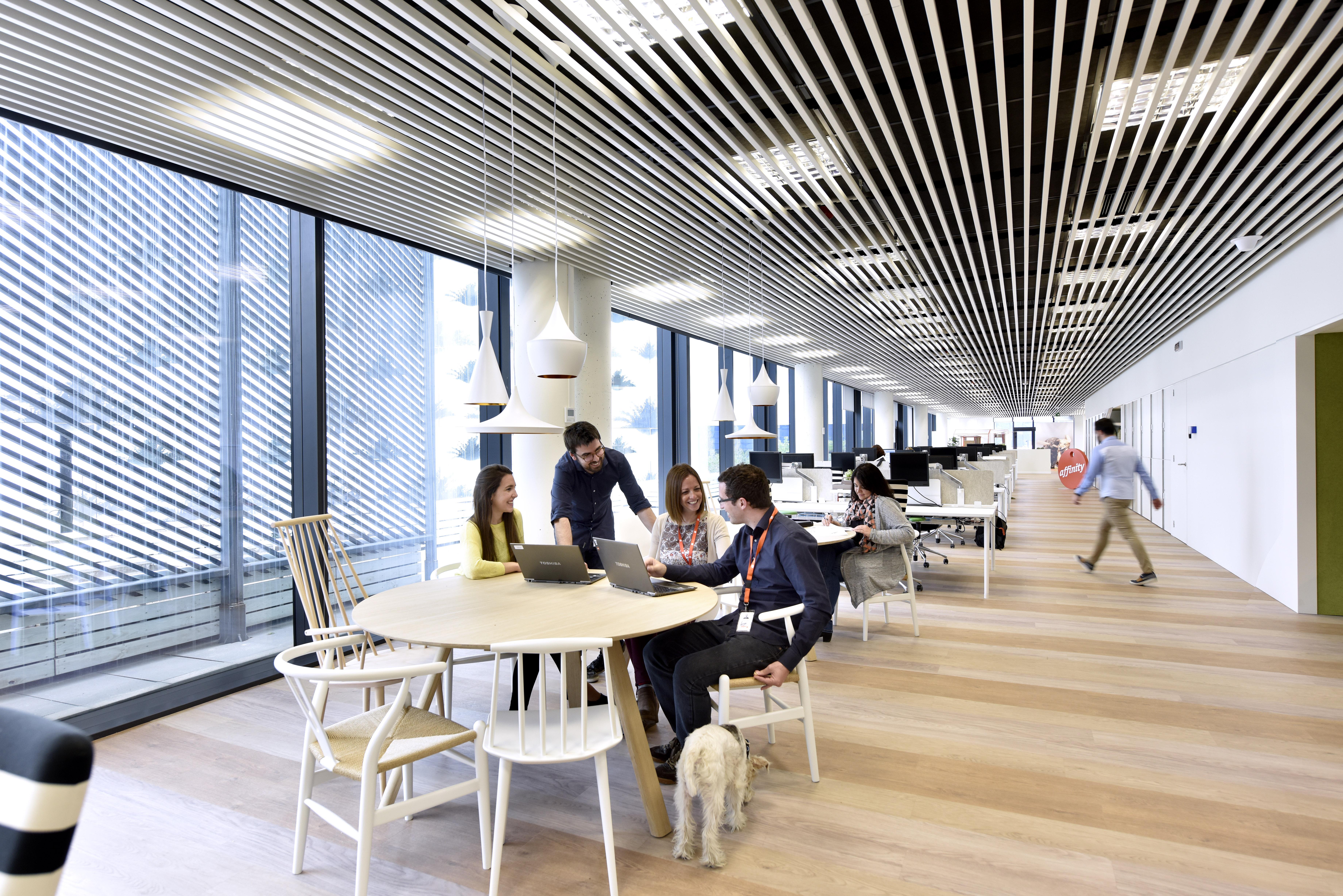 Reunión en oficinas affinity